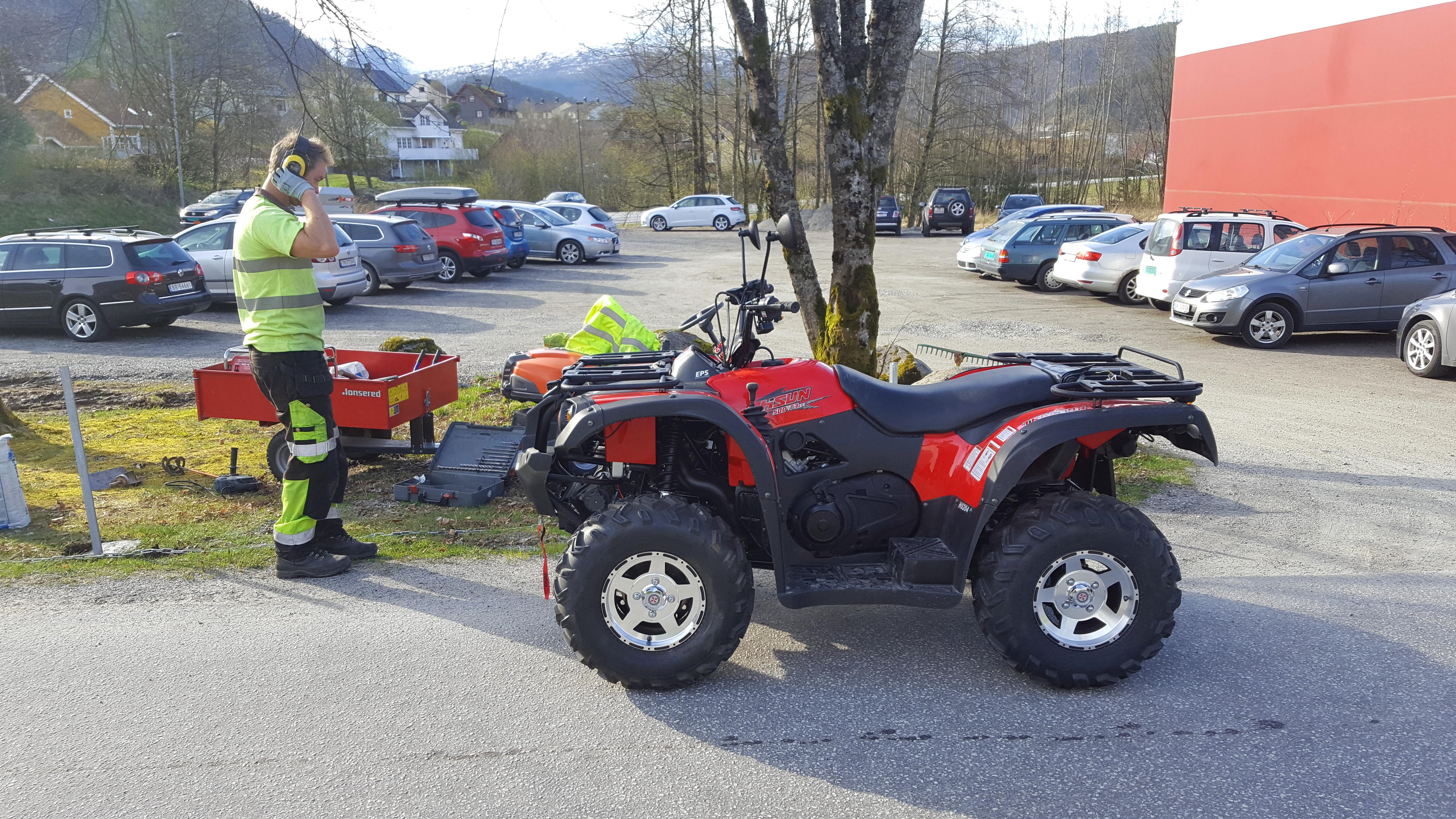 Praktisk med firehjuling for helseforetaket